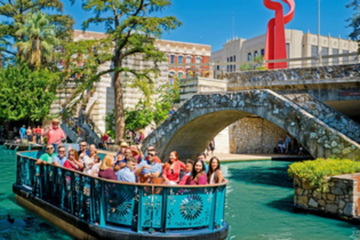 City Sightseeing Tours & Tickets on san antonio restaurant map, san antonio downtown hotels map, phoenix convention center hotels map, city of san antonio map, houston hotels map, san antonio drury plaza hotel, san antonio medical center map, san antonio river map, san antonio parking map, grand hyatt san antonio map, corpus christi hotels map, alamo san antonio map, san antonio airport map, san antonio visitors map, colorado hotels map, port aransas hotels map, alamodome san antonio map, san antonio tx at night, san antonio riverwalk extension map, san antonio bay aerial map,