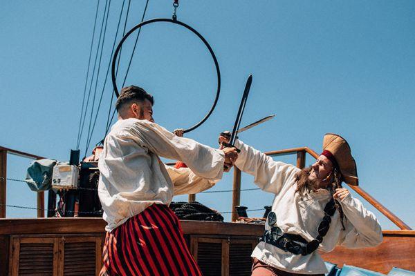 Pirates Show