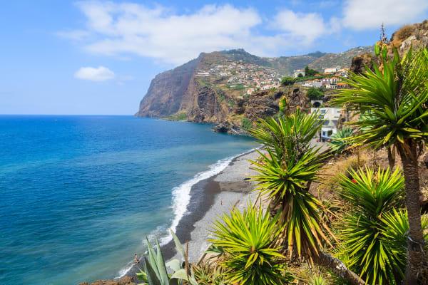 Coastal Promenade along Ocean to Câmara de Lobos