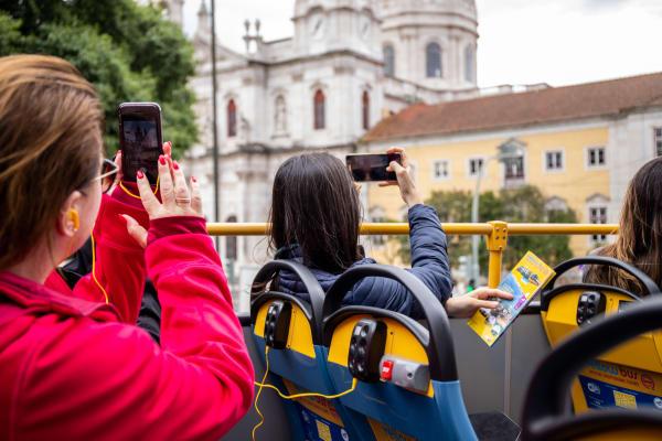 Basílica da Estrela - Belem Lisbon Bus Tour