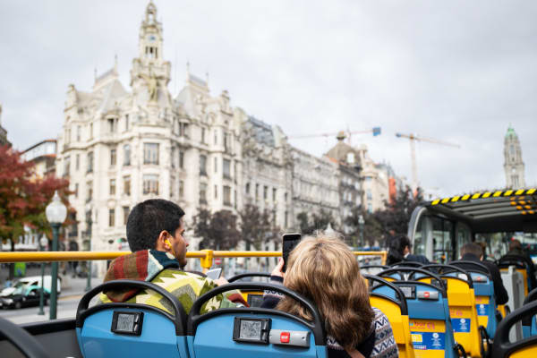 Avenida dos Aliados - Porto Vintage Bus Tours