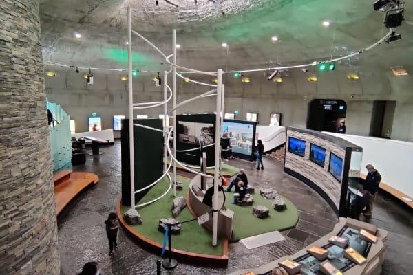 Café, Restaurant, Toilet Facilities and Interactive Exhibits