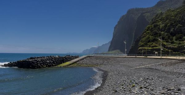 Faial Bathing Complex