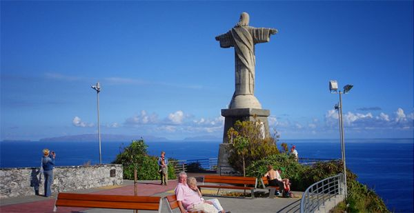 Statue of Christ-King at Garajau