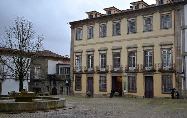 Raul Rodrigues Brandão Municipal Public Library